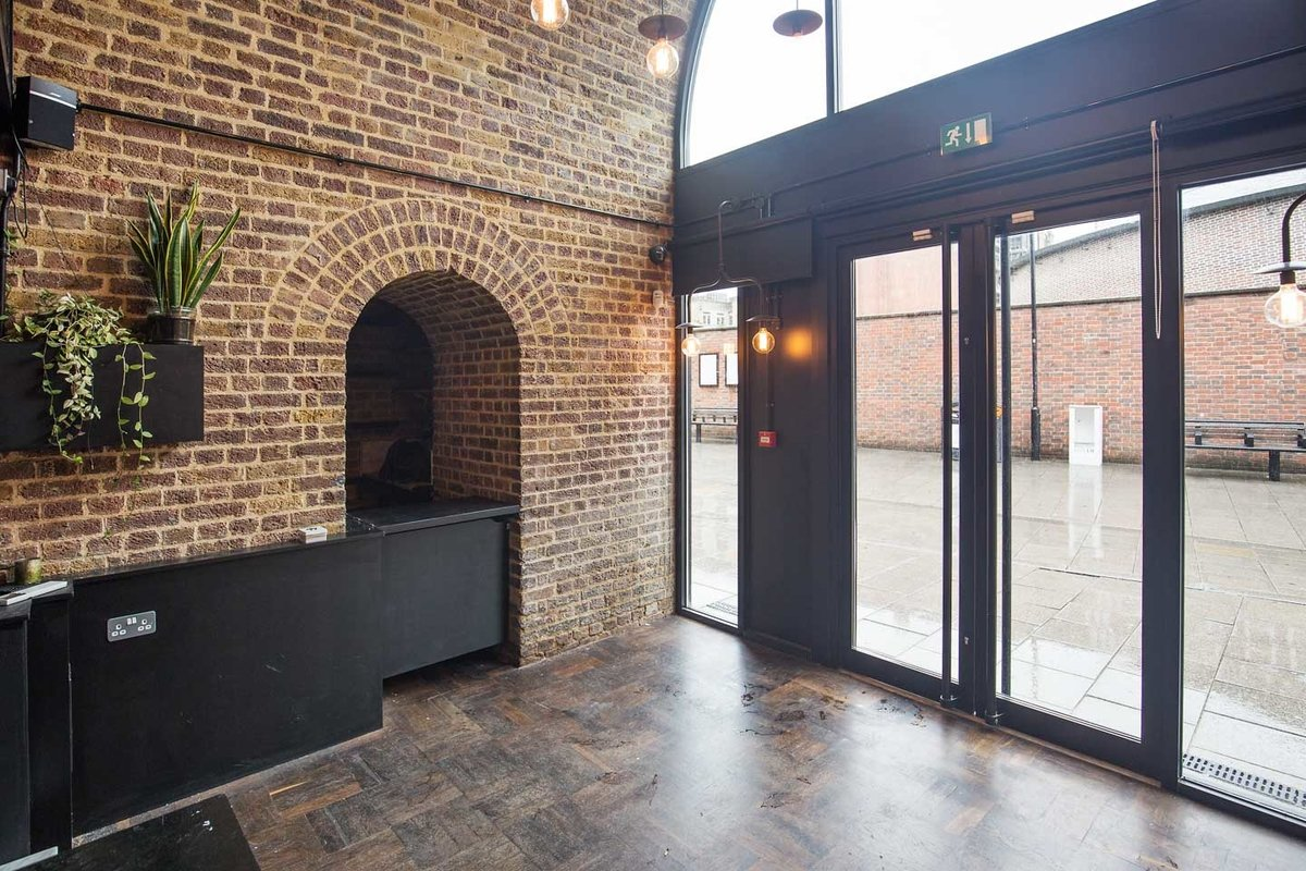Storefront listing Hoxton Arch Pop-up Space in Hoxton, London, United Kingdom.