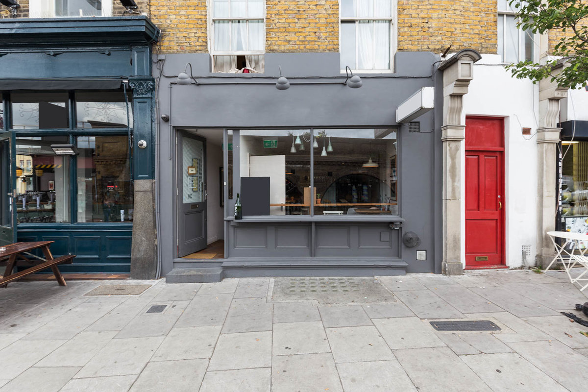 Storefront listing Cosy Clapham Basement Space in Clapham, London, United Kingdom.