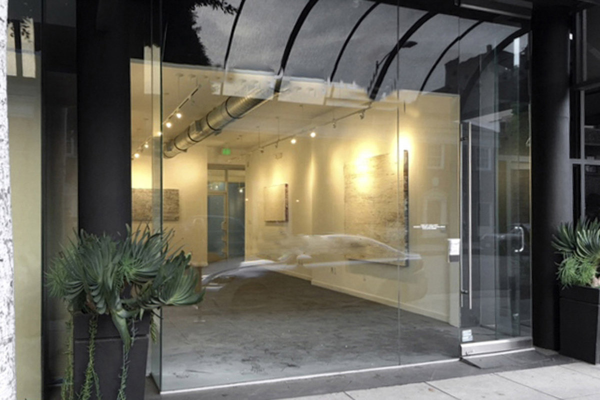 Storefront listing Beverly Hills Pop-Up Retail Space in Beverly Hills, Los Angeles, United States.