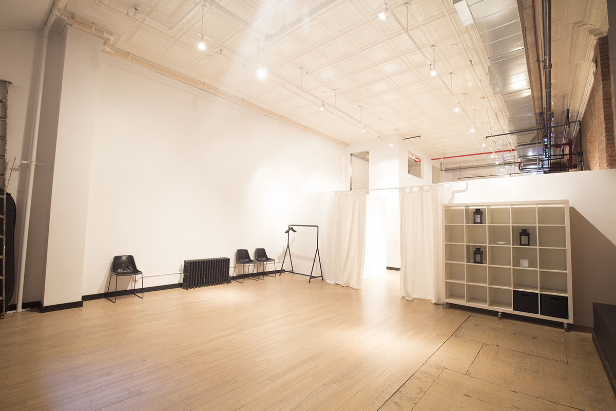 Storefront listing Beautiful Loft Studio in Tribeca in Lower Manhattan, New York, United States.