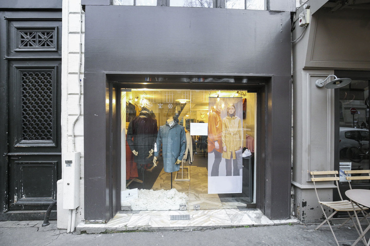 Storefront listing Pop-Up Boutique in Haut Marais in Le Marais, Paris, France.