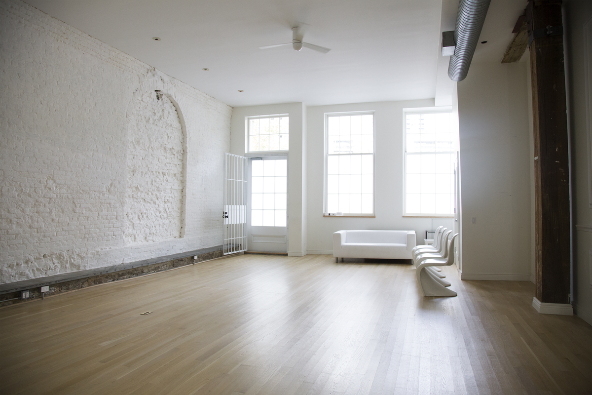 Storefront listing Minimal Studio in Lower Manhattan in Financial District, New York, United States.