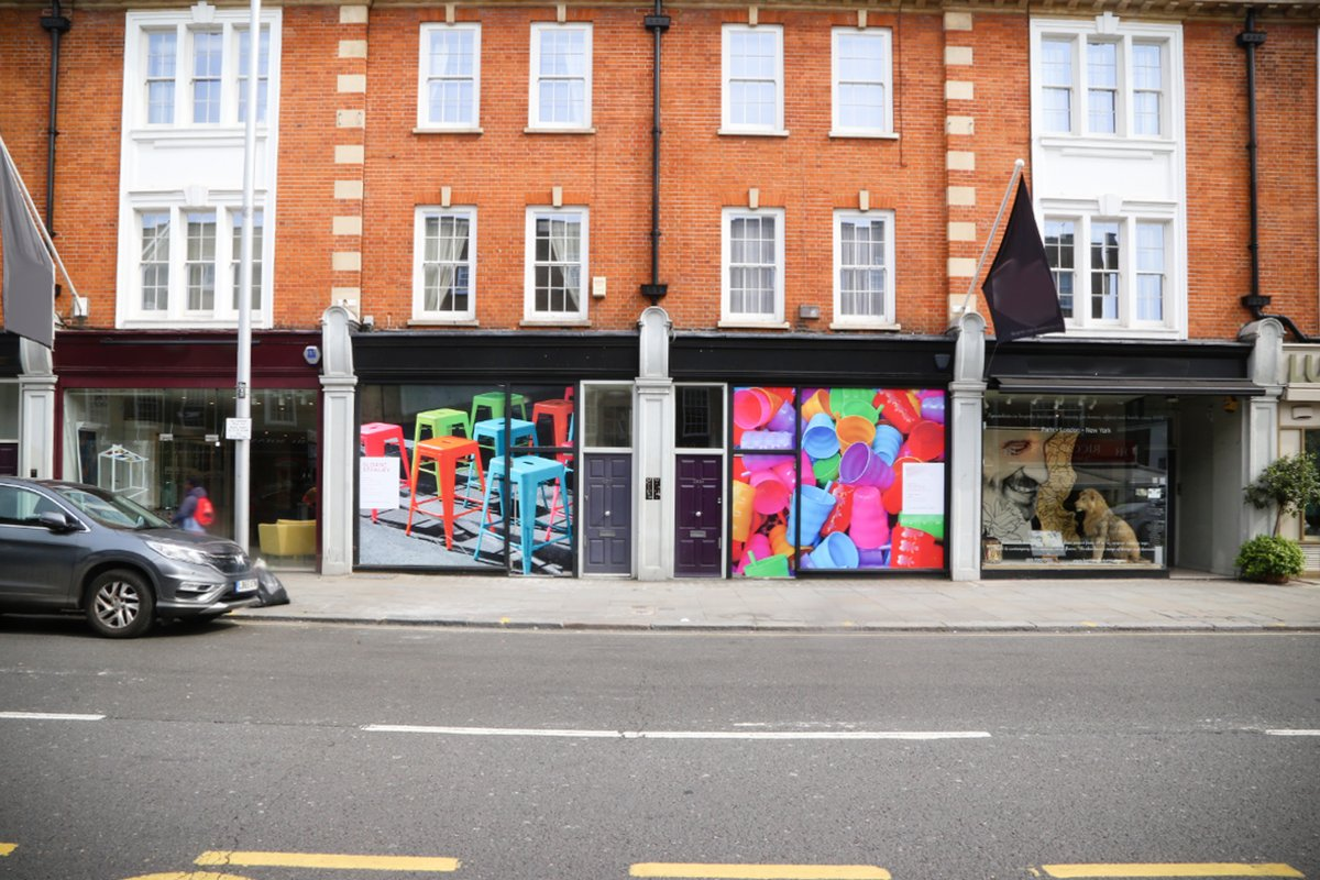 Storefront listing Amazing Fulham Road Pop Up in Chelsea, London, United Kingdom.