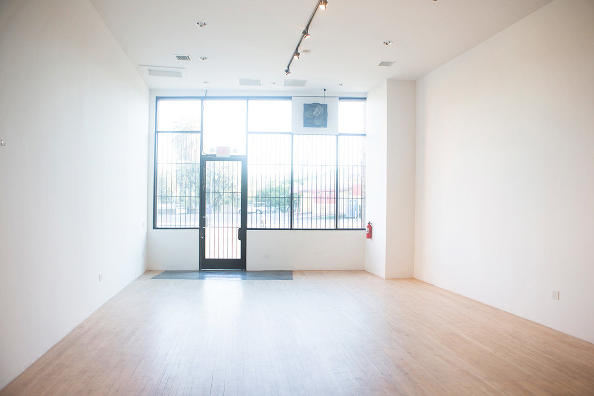 Storefront listing Amazing Studio in Silver Lake in Silver Lake, Los Angeles, United States.
