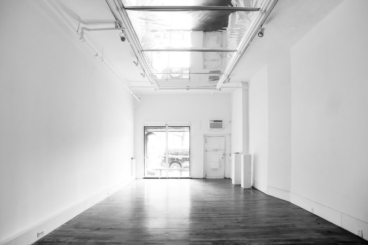 Storefront listing Artistic Pop-Up Space in L.E.S in Lower East Side, New York, United States.
