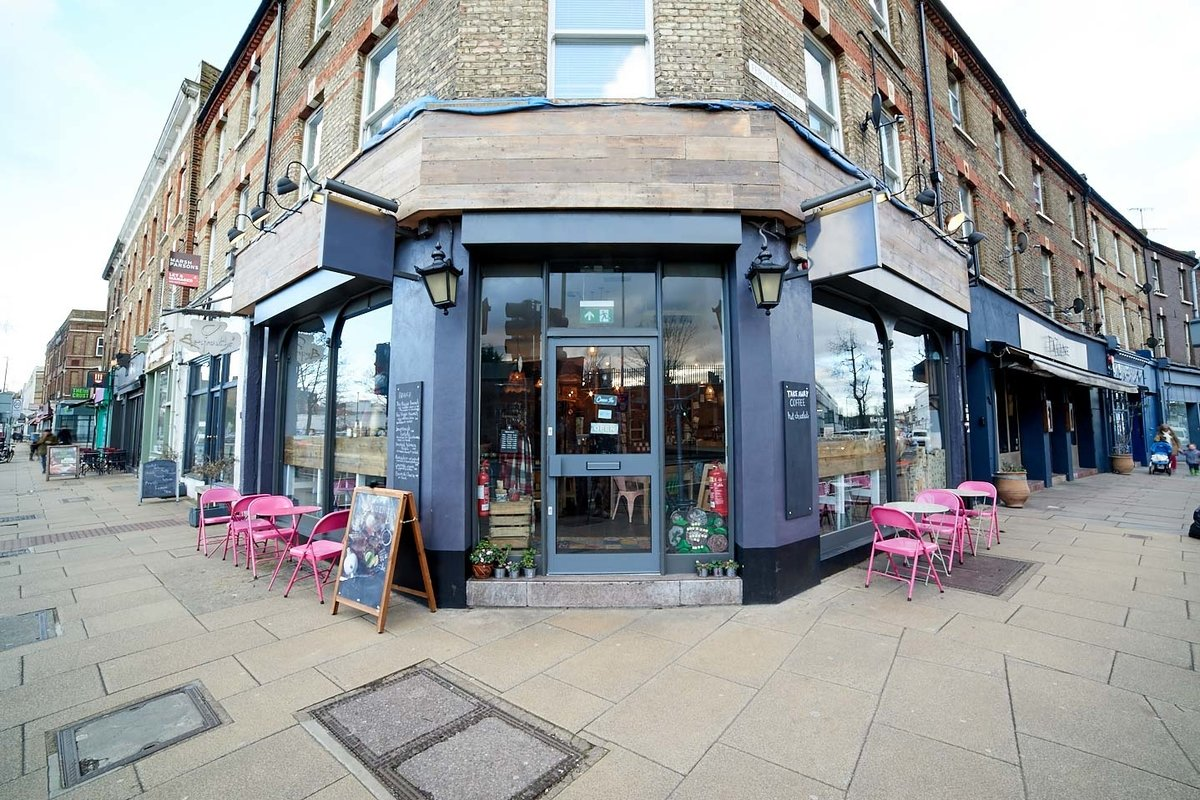 Storefront listing Charming Balham Pop Up Basement Space in Clapham, London, United Kingdom.