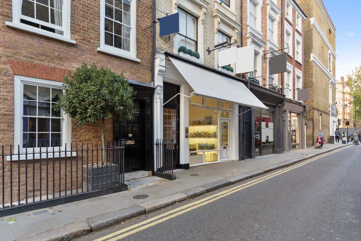 Storefront listing Kensington Pop-Up Boutique in Kensington, London, United Kingdom.
