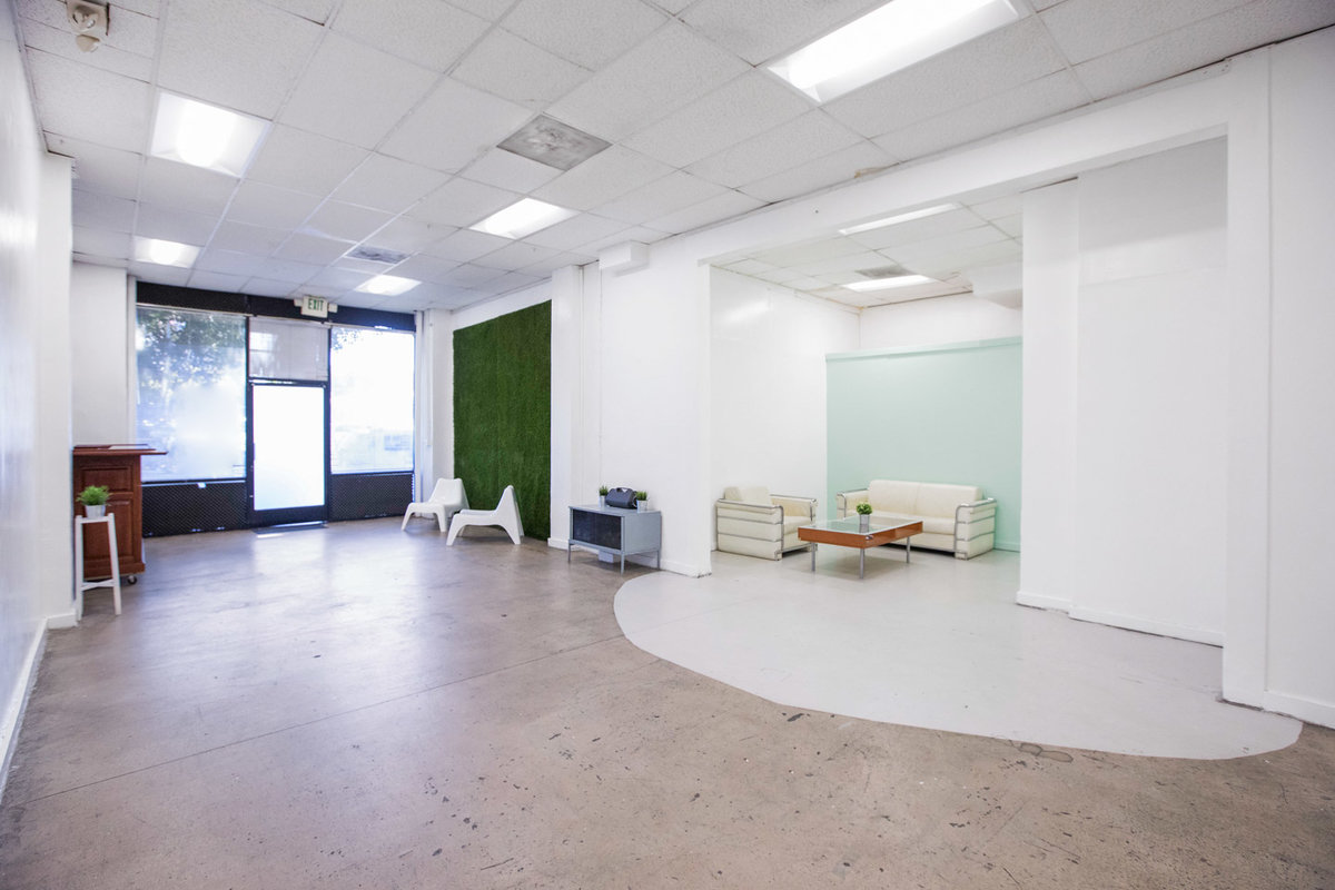 Storefront listing Modern Pop-Up Space in DTLA in Downtown, Los Angeles, United States.