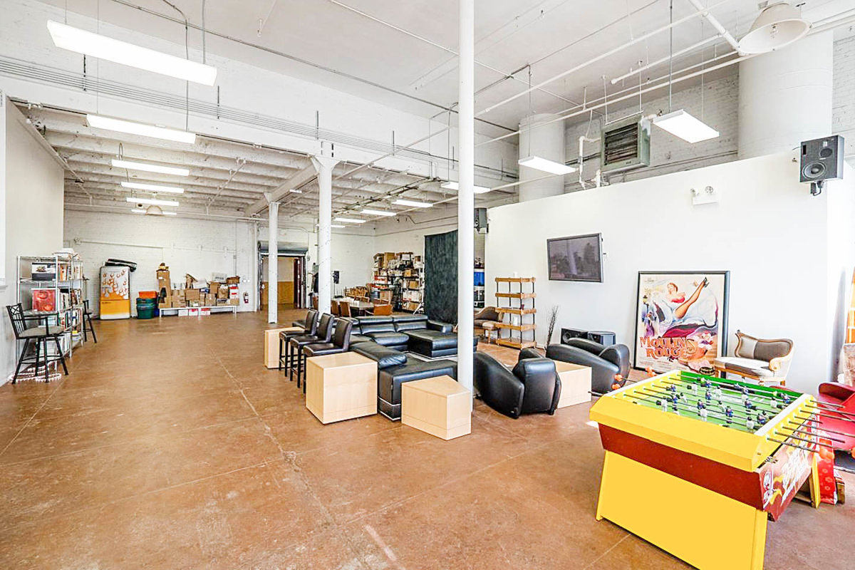 Storefront listing Loft Event Space Near West Side in Fulton Market, Chicago, United States.