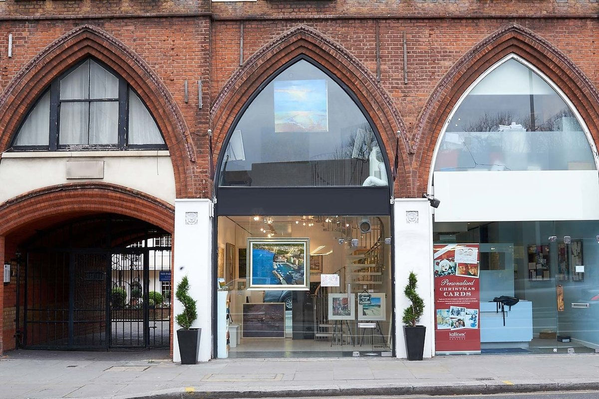 Storefront listing Pop-Up Gallery on the King's Road in Chelsea, London, United Kingdom.