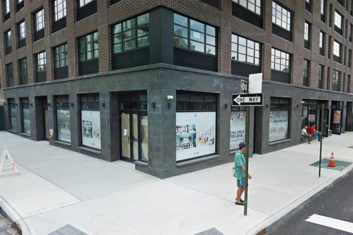 Storefront listing Raw Pop-Up in Williamsburg in Williamsburg, New York, United States.