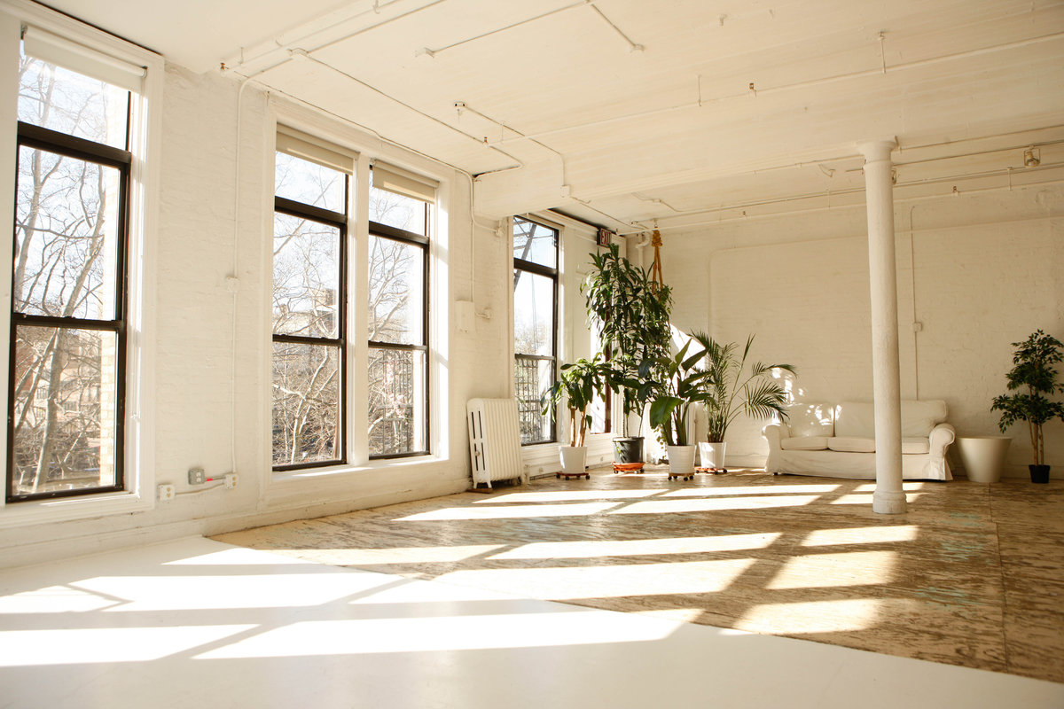 Storefront listing Bright Pop-Up Loft in the LES in Bowery, New York, United States.