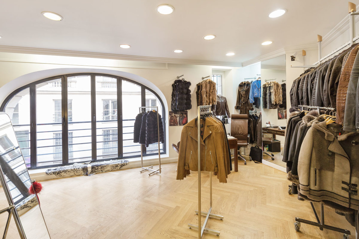 Espace Storefront Fashion Showroom in Palais-Royal dans , Paris, France.
