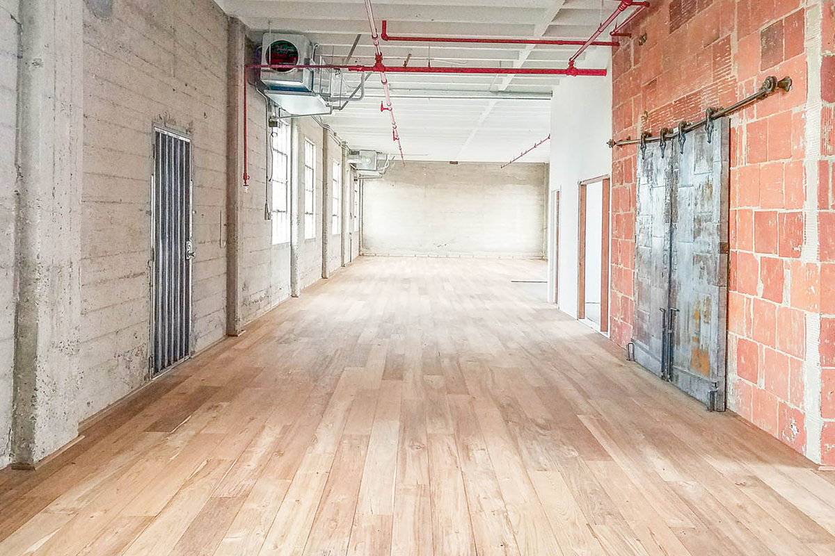 Storefront listing Trendy Warehouse Space in DTLA in Arts District, Los Angeles, United States.