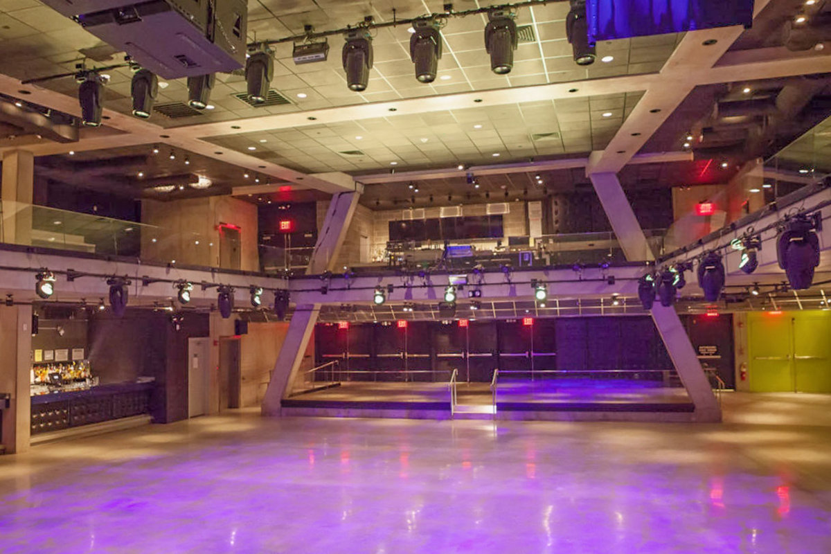 Storefront listing Long Island City Event Space in Long Island City, New York, United States.