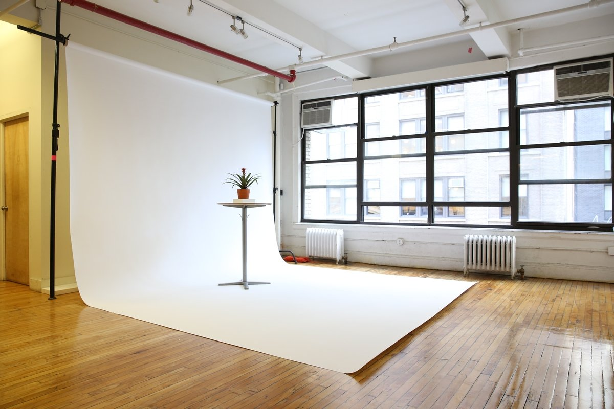 Storefront listing Sleek Studio in Arty Studio in Flatiron District, New York, United States.