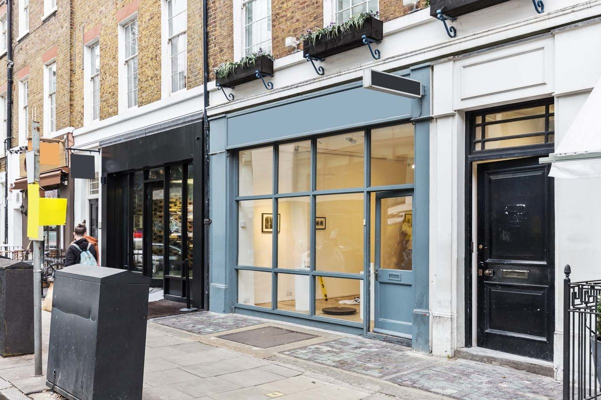 Storefront listing Pop-Up Showroom Near Oxford Street in Fitzrovia, London, United Kingdom.