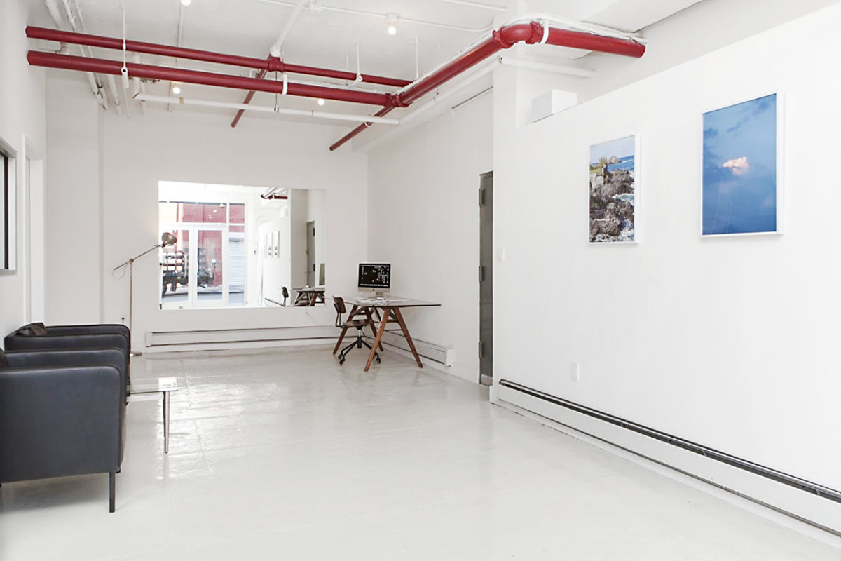 Storefront listing Hip Greenpoint Pop-Up Space in Greenpoint, Brooklyn, United States.