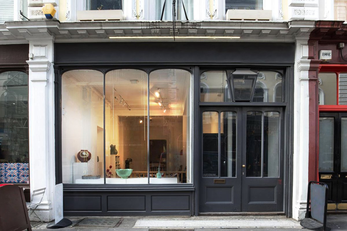 Storefront listing Pop-Up Art Space in the West End in Bloomsbury, London, United Kingdom.