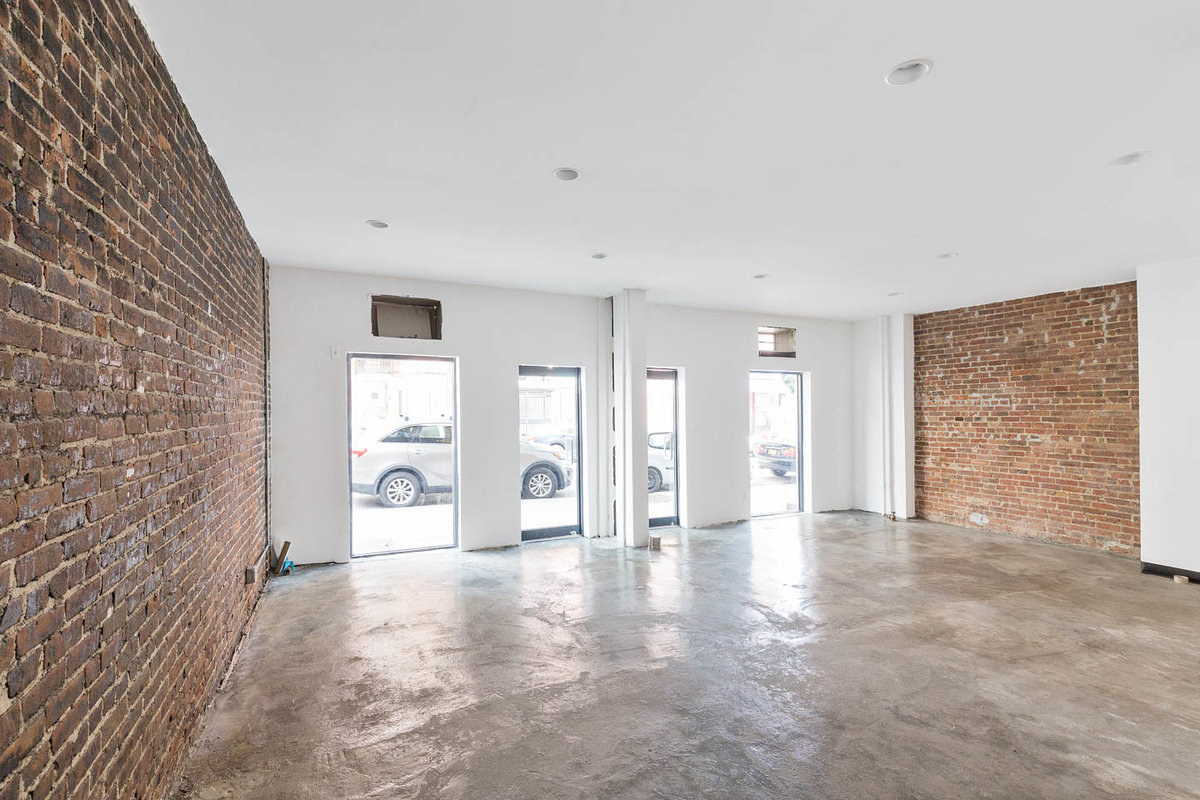 Storefront listing Modern Retail Space in Greenpoint in Greenpoint, New York, United States.