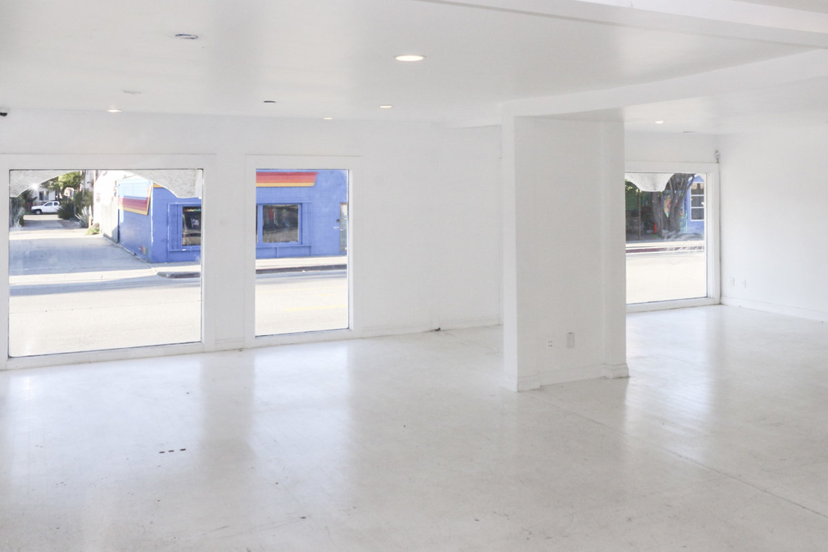 Storefront listing Prime & Flexible Space in Venice in Venice, Los Angeles, United States.
