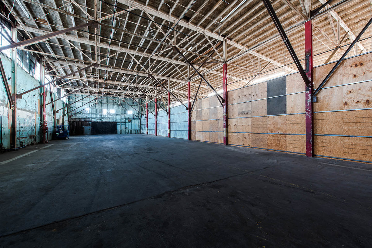Espace Storefront Grand Warehouse in Los Angeles dans South Los Angeles, Los Angeles, United States.