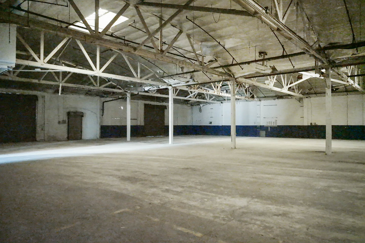 Storefront listing Industrial Space in South LA, Los Angeles, United States.