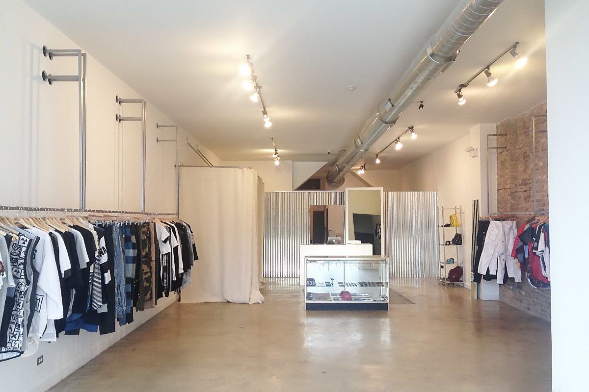Storefront listing Pop-Up Store in West Town in West Town, Chicago, United States.