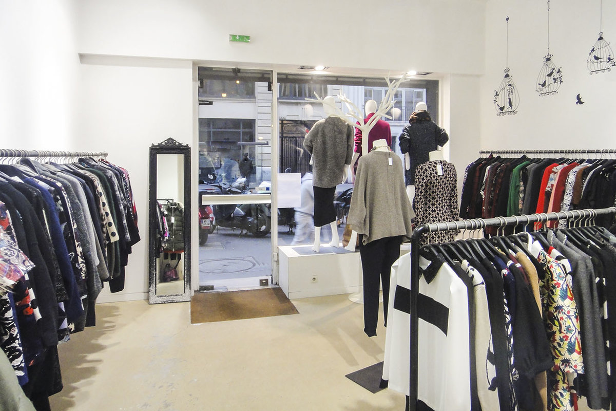 Storefront listing Modern Beaubourg Boutique in Le Marais, Paris-3E-Arrondissement, France.