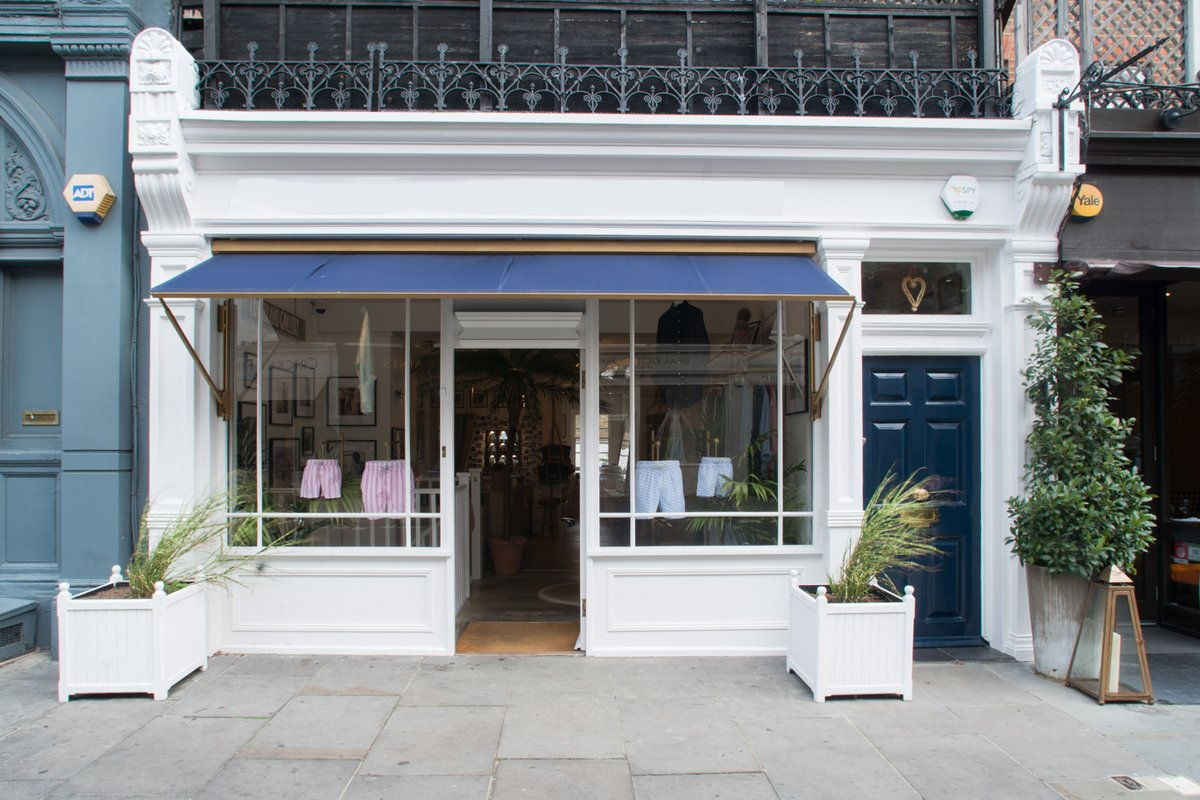 Storefront listing Attractive Chelsea Gallery and Event Basement Space in Chelsea, London, United Kingdom.