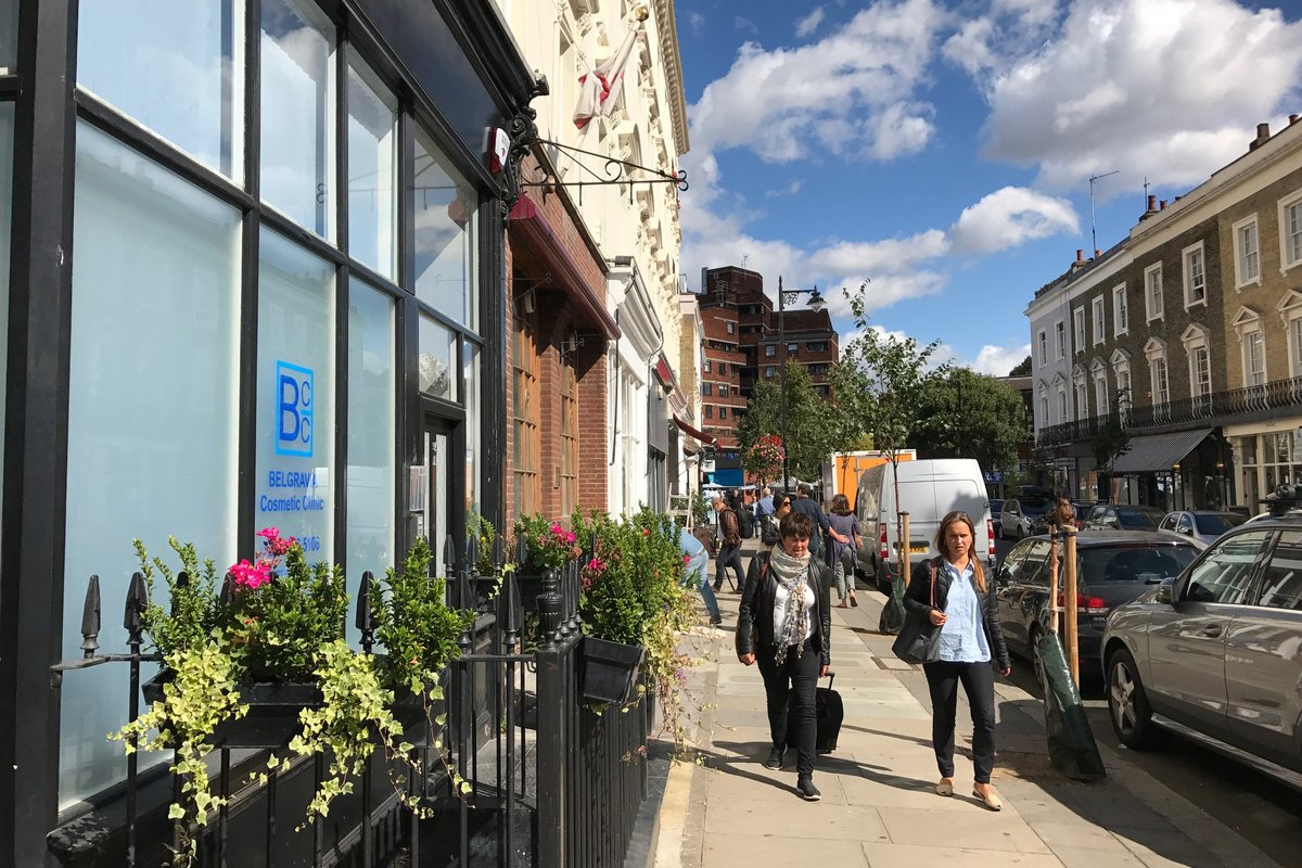 Storefront listing Bright Pimlico Pop Up Space in Victoria, London, United Kingdom.