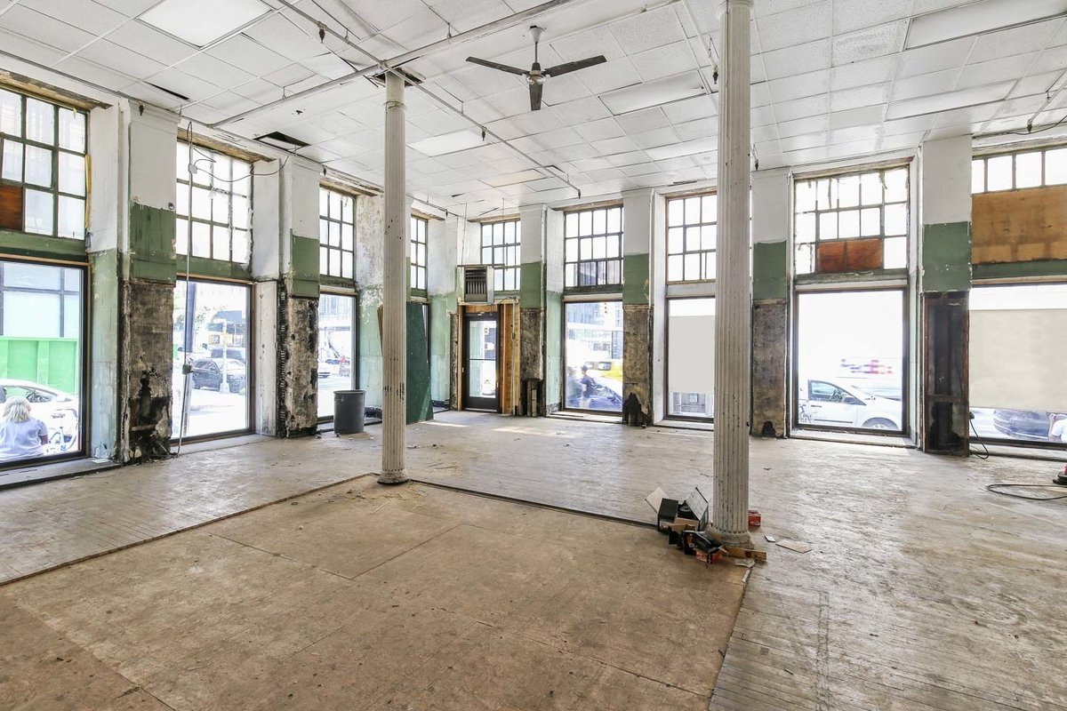Storefront listing Raw Space in Tribeca in Tribeca, New York, United States.
