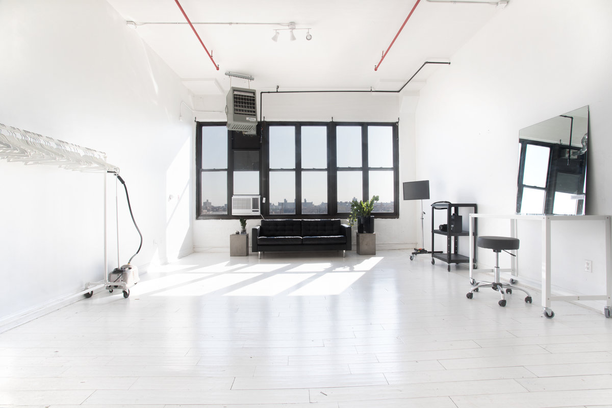 Storefront listing Daylight Production Studio in Brooklyn in Williamsburg, New York, United States.