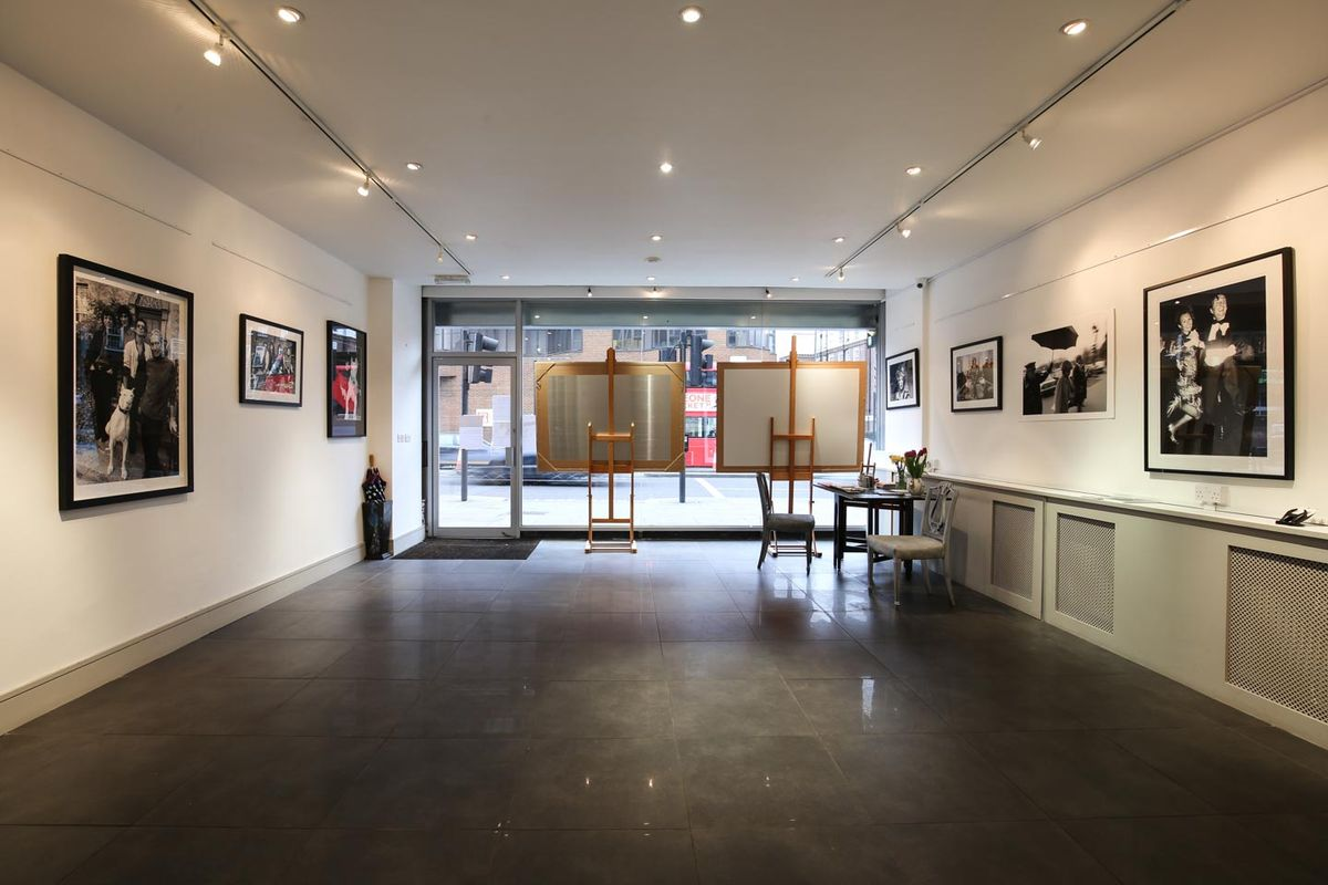 Storefront listing Pop-Up Art Space in Chelsea in Chelsea, London, United Kingdom.