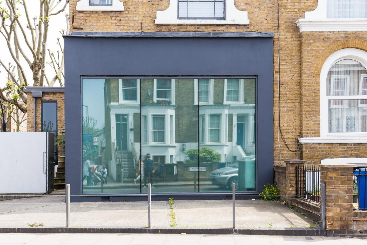 Storefront listing Smart Pop-Up Gallery in Peckham in Peckham, London, United Kingdom.