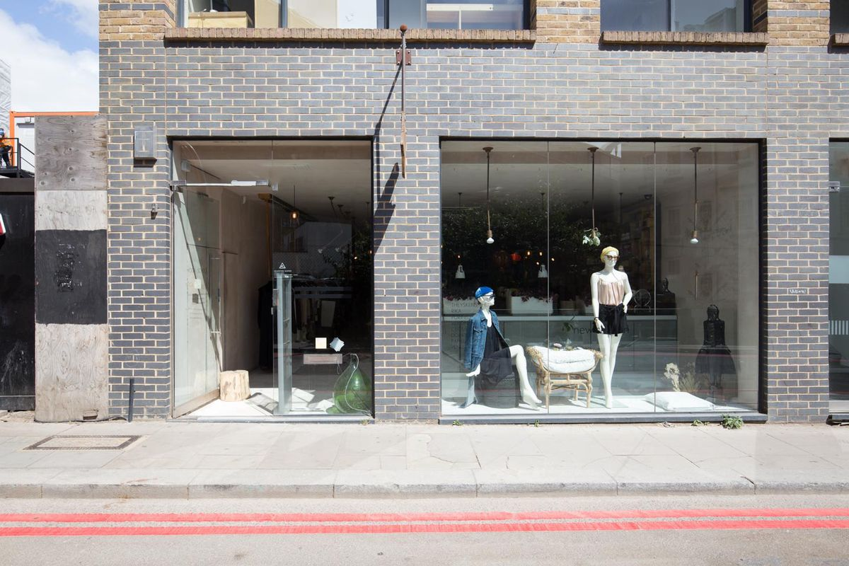 Storefront listing Amazing Showroom in Shoreditch in Shoreditch, London, United Kingdom.
