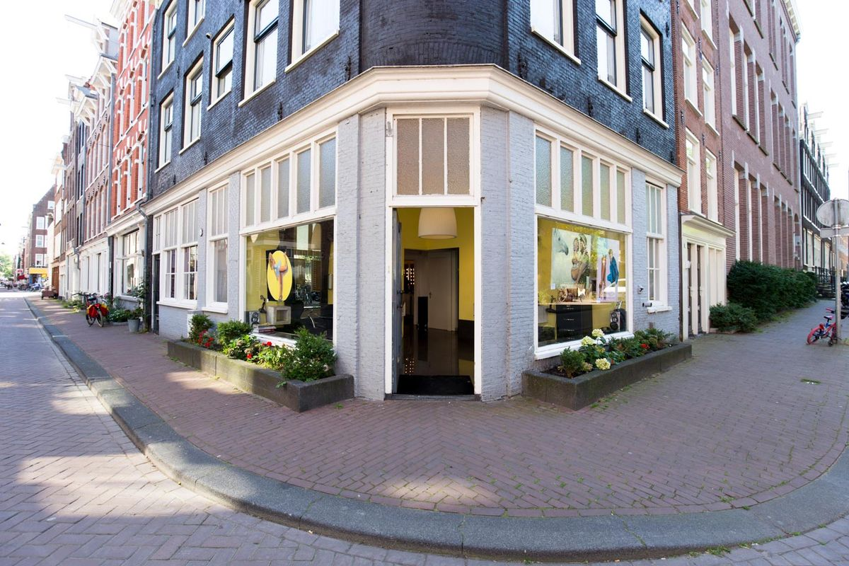 Storefront listing Pop-Up Boutique in Trendy Jordaan, Amsterdam, Netherlands.