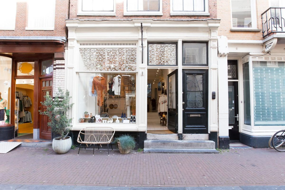 Storefront listing Chic Boutique in Central Amsterdam in De 9 Straatjes, Amsterdam, Netherlands.