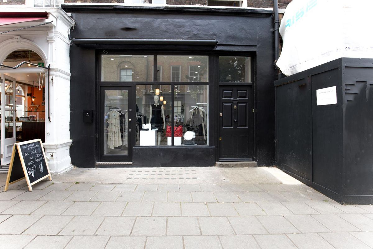 Storefront listing Stylish Pop-Up Shop in Holborn in Clerkenwell, London, United Kingdom.