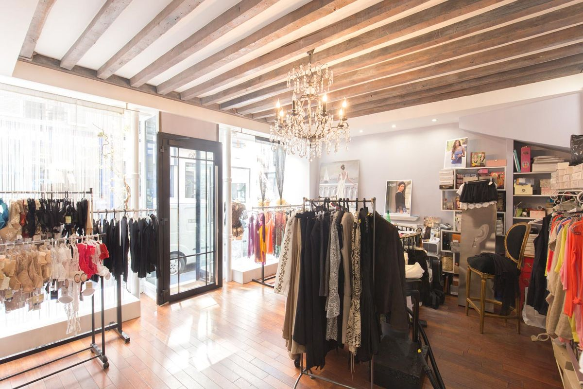 Storefront listing Bright Le Marais Boutique in Le Marais, Paris, France.