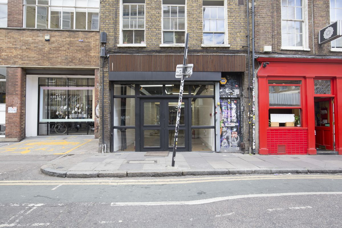 Storefront listing Busy Shoreditch Retail Space in Shoreditch, London, United Kingdom.