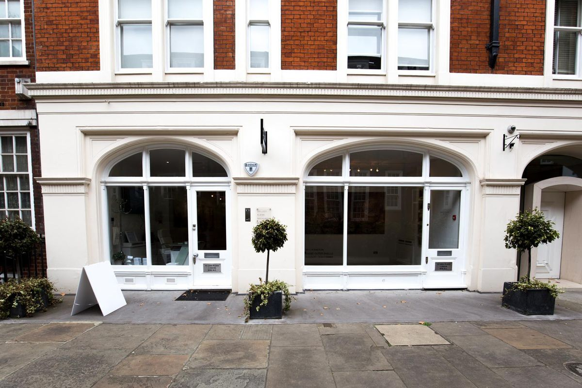 Storefront listing Modern Gallery Space in Mayfair in Mayfair, London, United Kingdom.