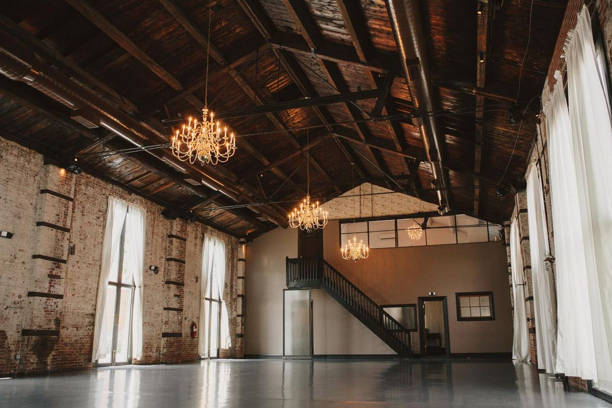Storefront listing Enchanting Brooklyn Warehouse in Red Hook, New York, United States.