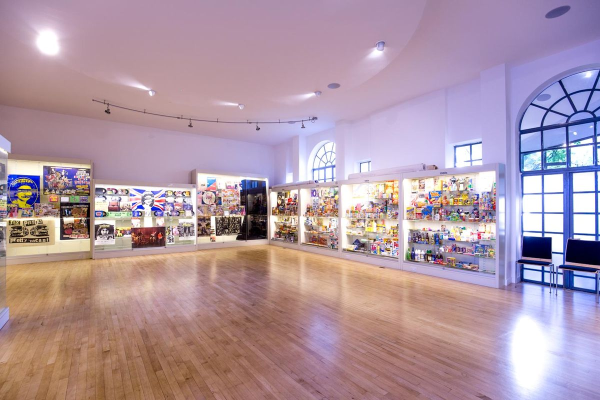 Storefront listing Spacious Venue in Notting Hill in Notting Hill, London, United Kingdom.