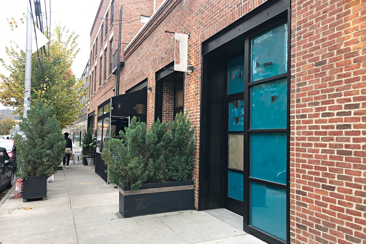 Storefront listing Beautiful Space in Williamsburg in Williamsburg, New York, United States.