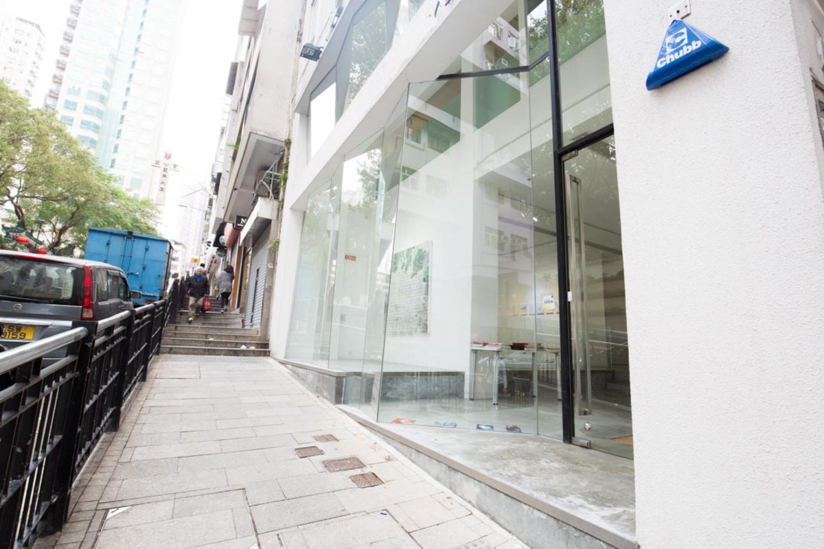 Espace Storefront Pop-Up Art Space in Sheung Wan G/F+M/F without office dans Sheung Wan, Hong Kong, Hong Kong.