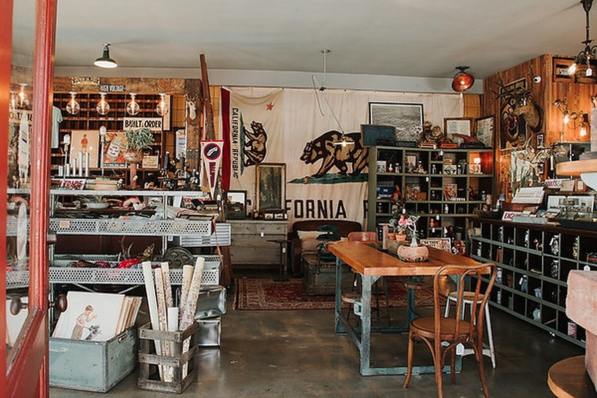 Storefront listing Vintage Creative Space in Santa Monica in Santa Monica, Santa Monica, United States.