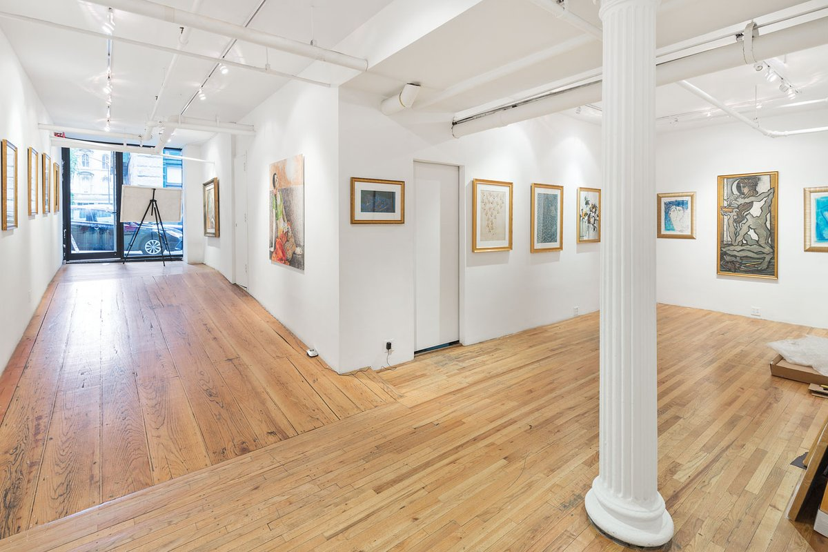 Storefront listing Bright Tribeca Gallery Space in Tribeca, New York, United States.